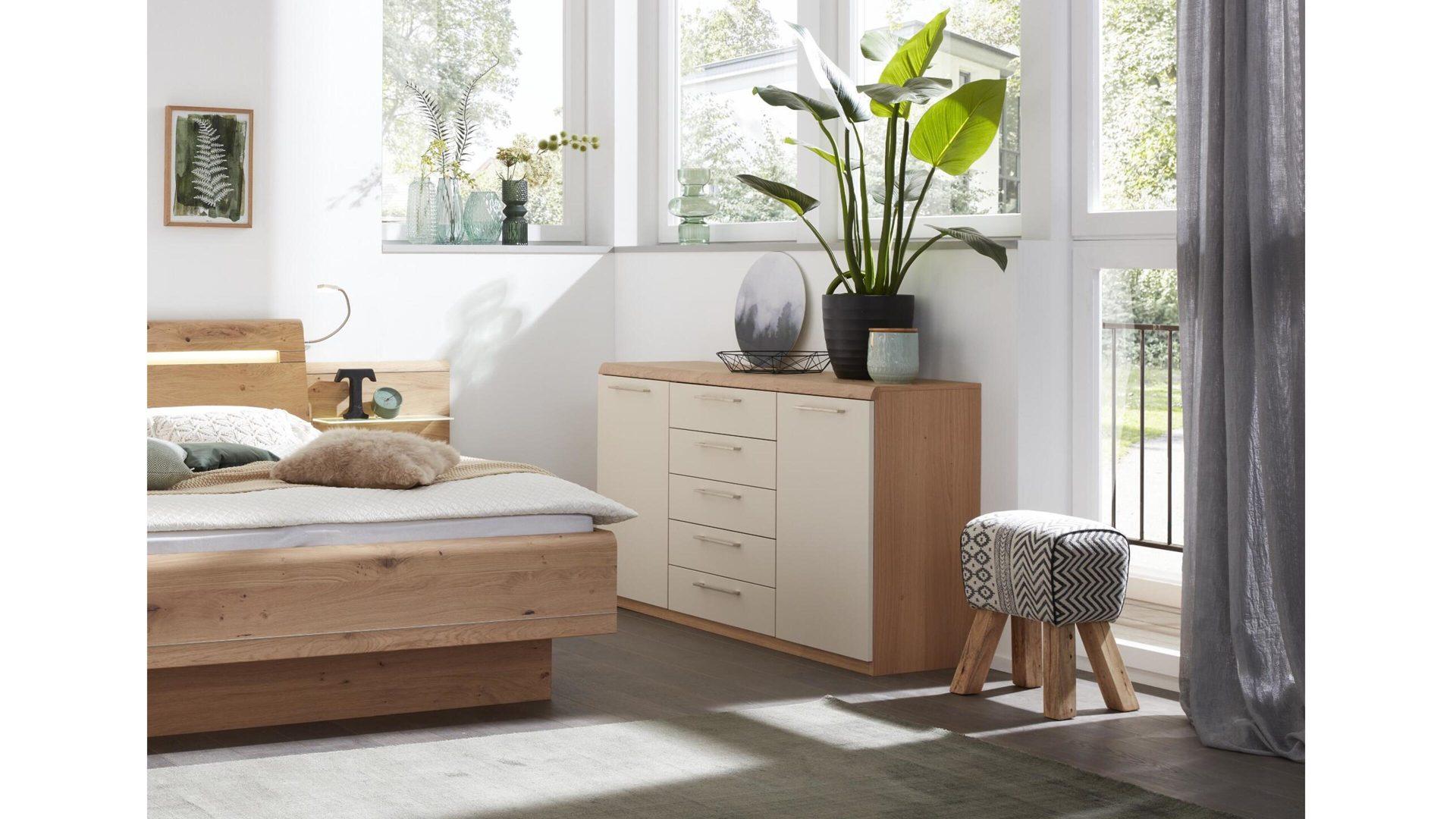 Möbel Bernskötter GmbH, Räume, Schlafzimmer, Kommoden + ...