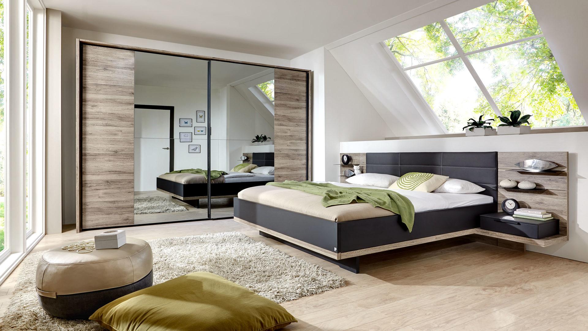 Möbel Bernskötter GmbH, Schlafzimmer mit Doppelbettgestell und