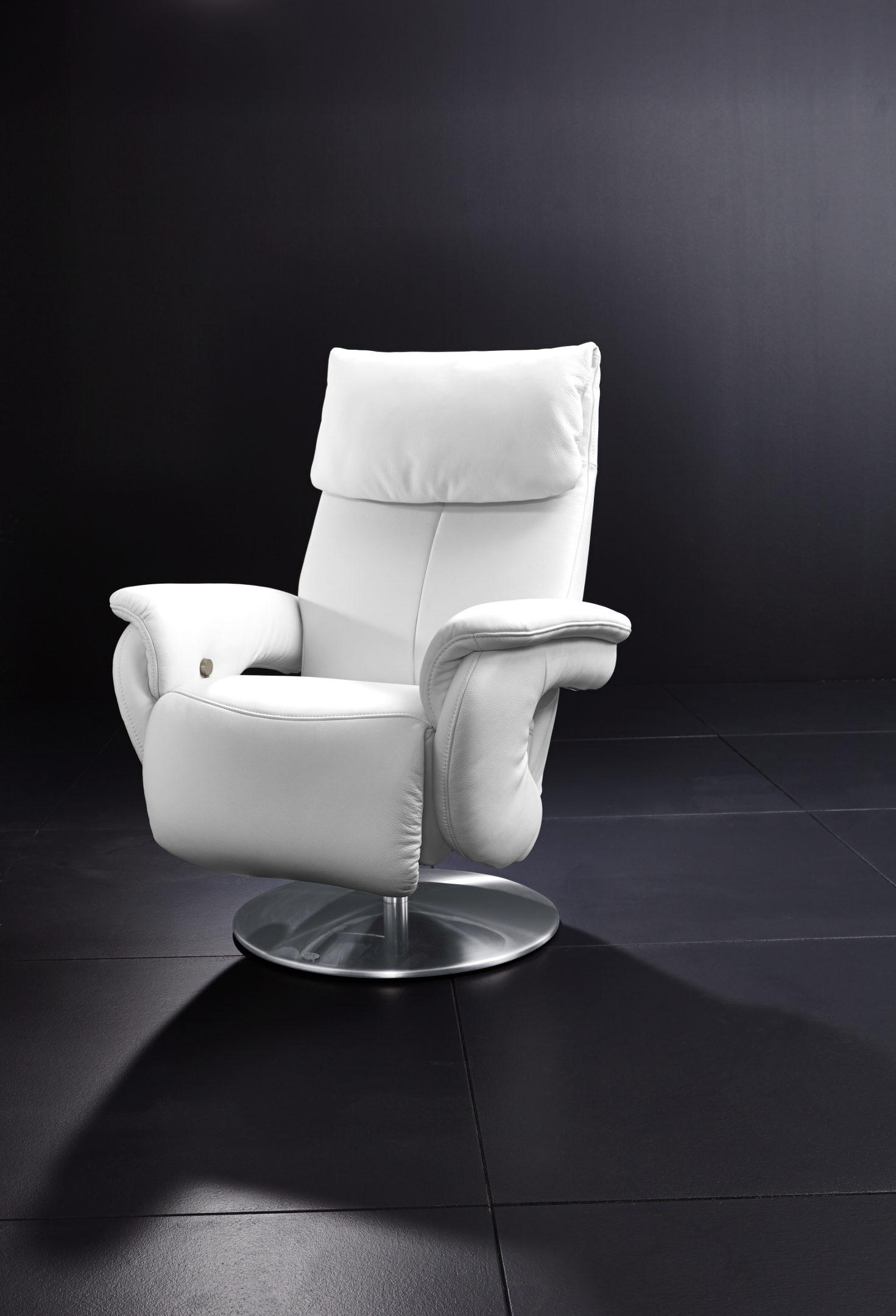 möbel bernskötter mülheim | räume | wohnzimmer | sessel + hocker ... - Wohnzimmer Sessel Modern